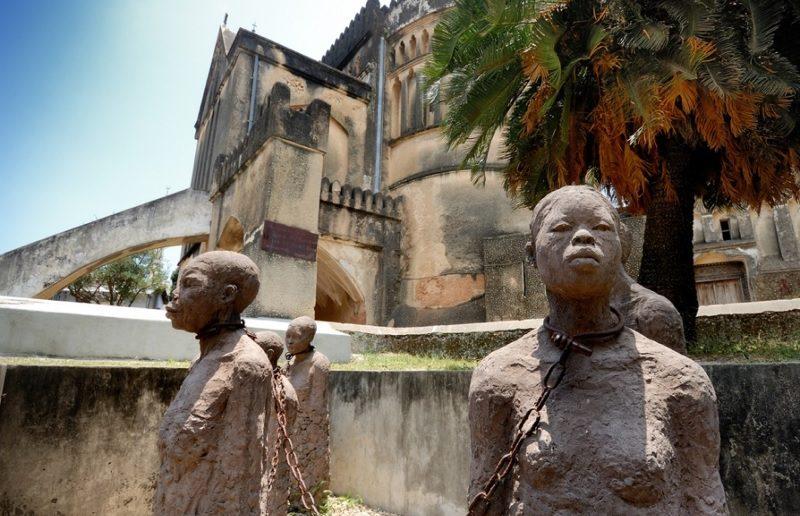 statue Zanzibar