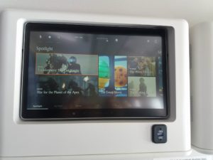 monitor singapore airline