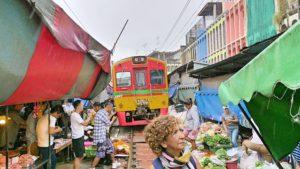 mercato ferrovia treno