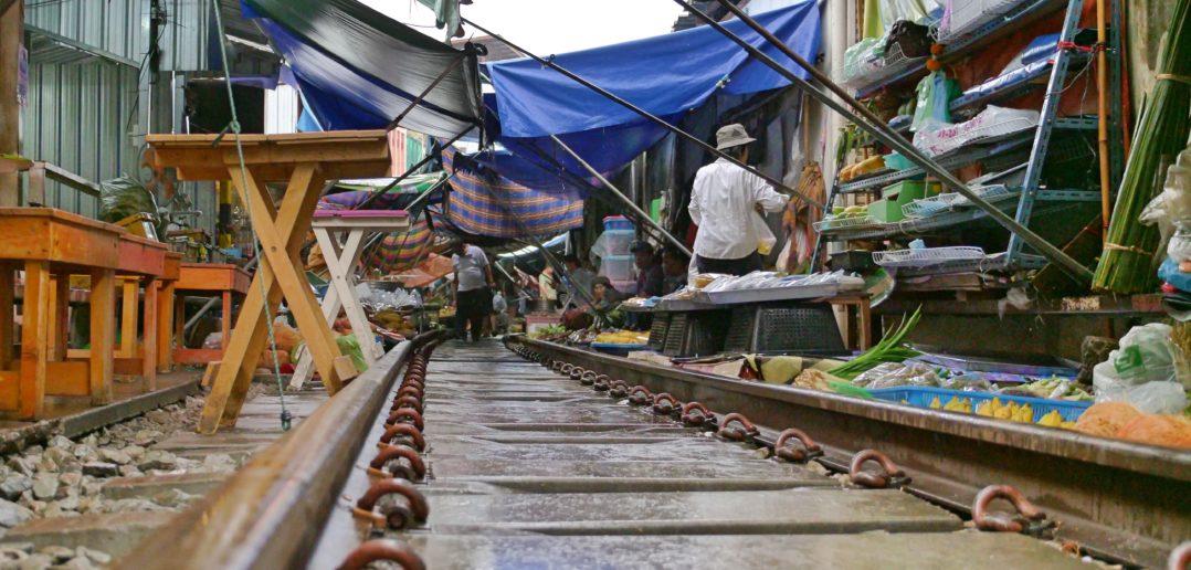 treno maeklong bangkok