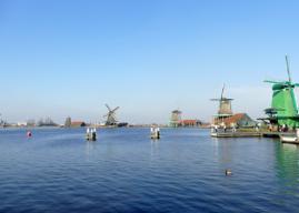 Zaanse Schans il paese dei mulini a vento vicino Amsterdam