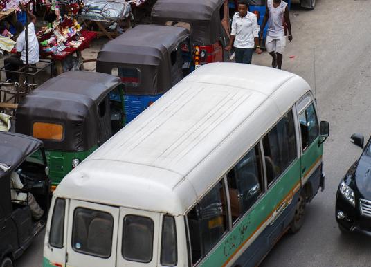 Come Muoversi a Zanzibar – Taxi – Bus e Transfer per l'Aeroporto